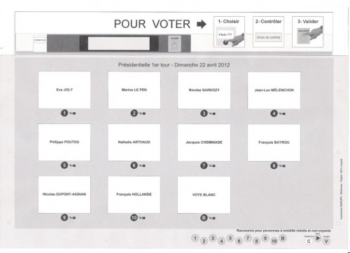 Pupitre machine à voter.jpg